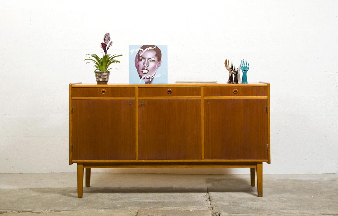 mobilier su dois the good old dayz. Black Bedroom Furniture Sets. Home Design Ideas