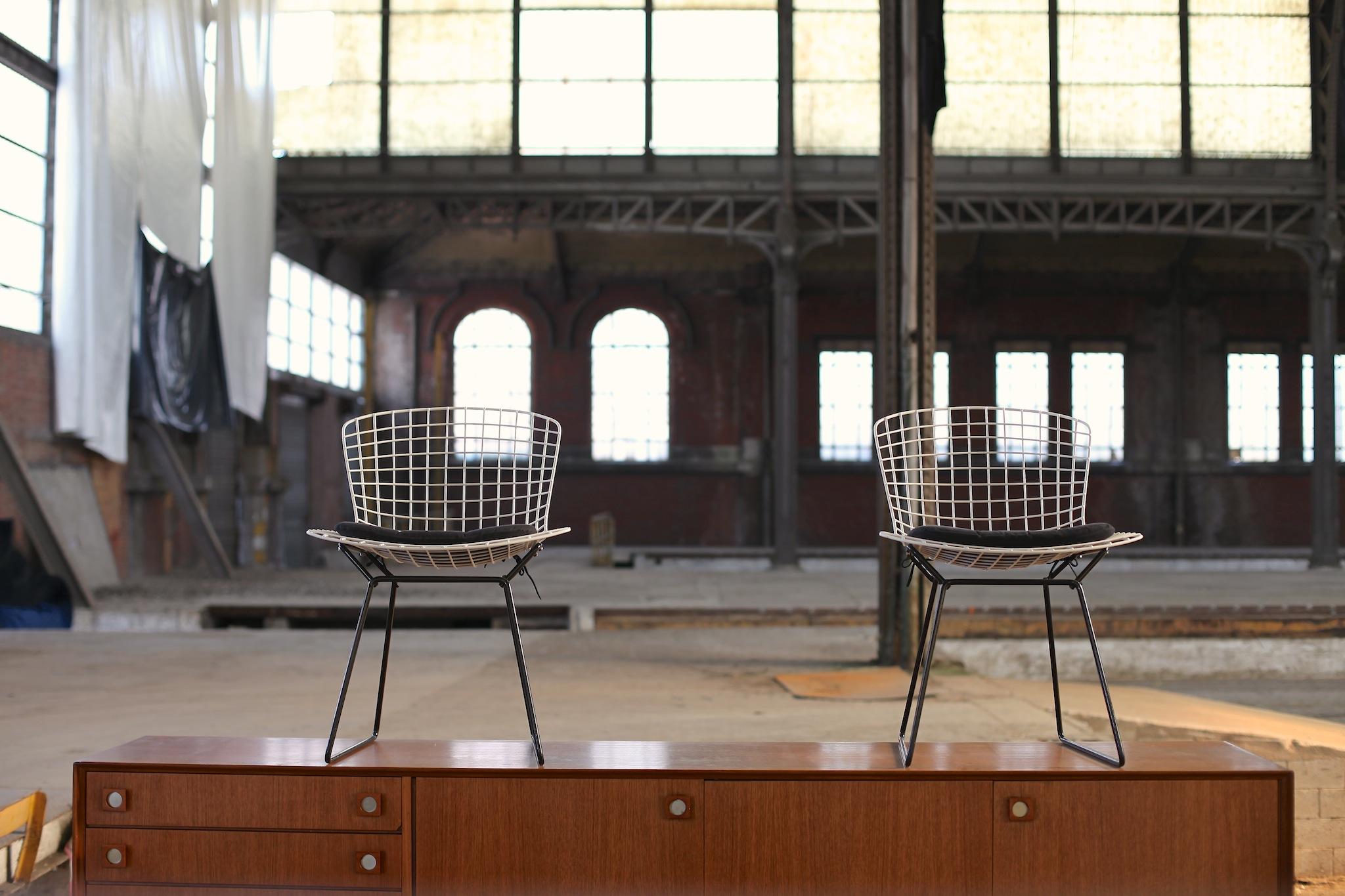 Meubles design vintage belgique for Meuble design belge