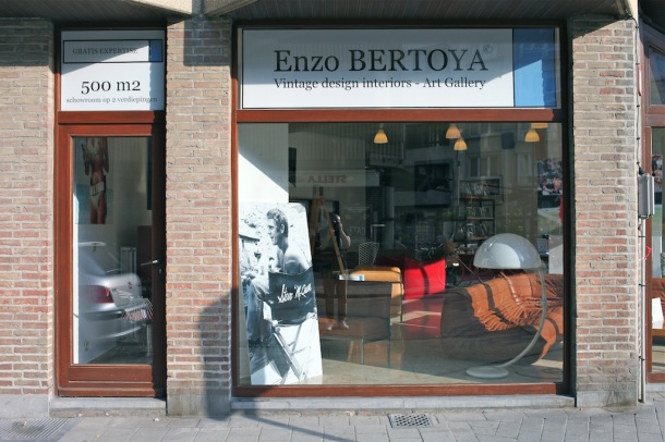 Enzo Bertoya Funky Vintage x The Good Old Dayz 15