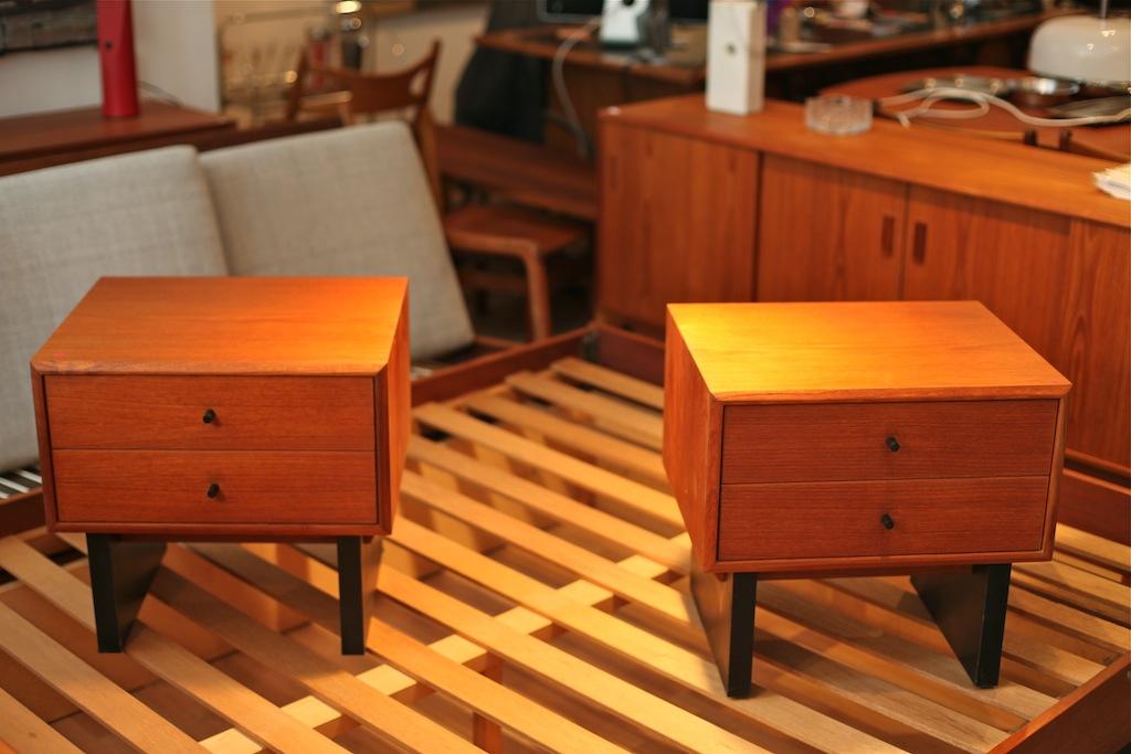 guide montr al the good old dayz. Black Bedroom Furniture Sets. Home Design Ideas