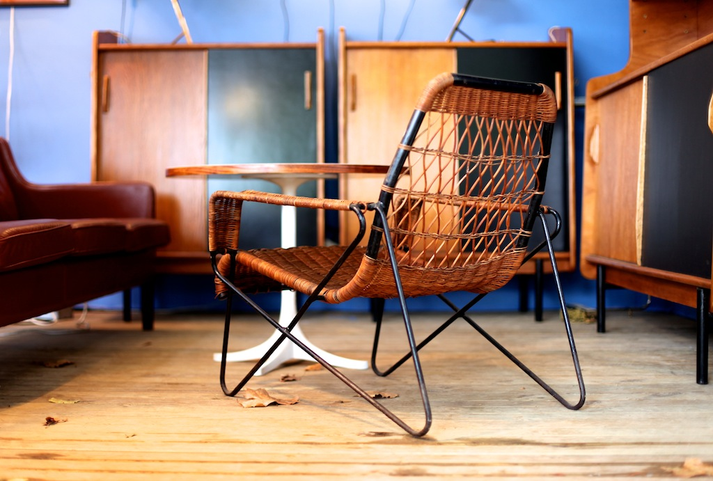 report 1 les puces du design 2013 the good old dayz. Black Bedroom Furniture Sets. Home Design Ideas