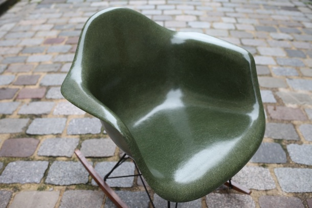eames herman miller green army 4