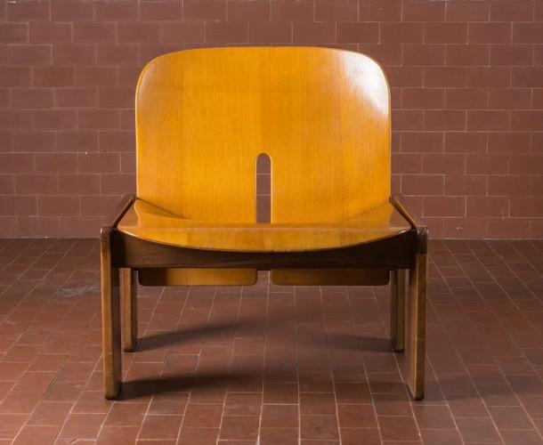 fauteuil 925 par afra et tobia scarpa cassina 1966