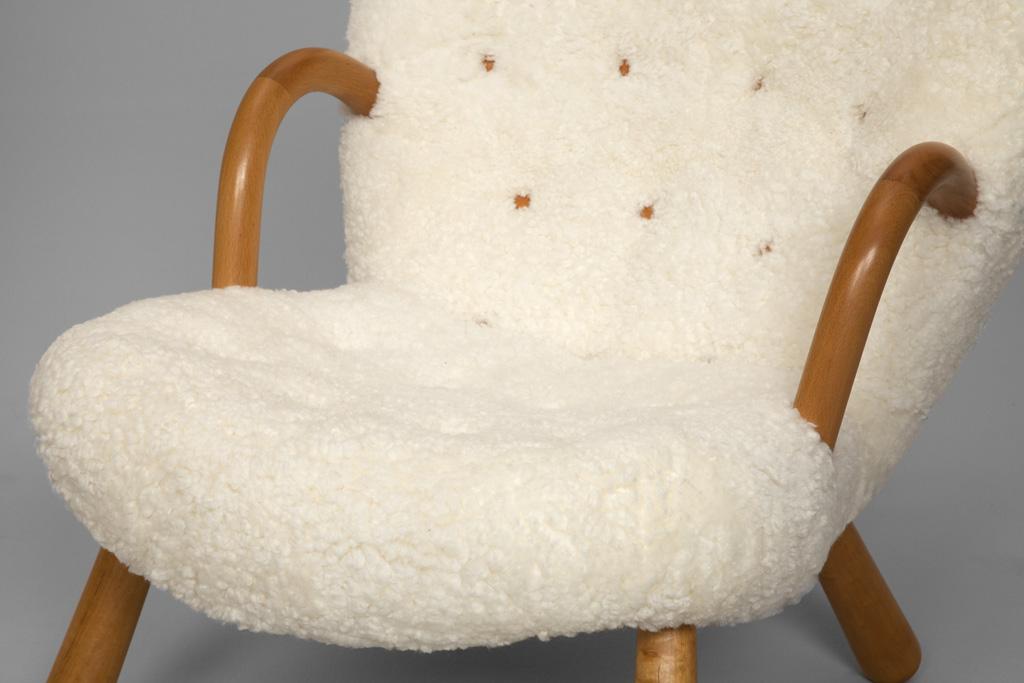 fauteuil peau de mouton images. Black Bedroom Furniture Sets. Home Design Ideas