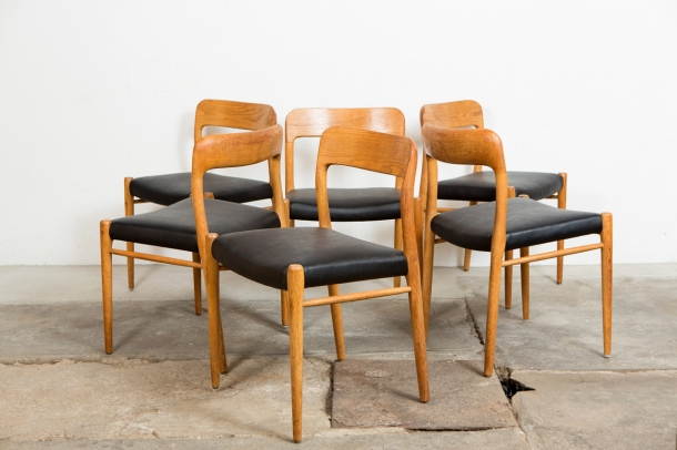the good old dayz NIELS_O_MOLLER_CHAISES_SCANDINAVES_VINTAGE_CHENE_MASSIF_CUIR_NOIR_DISPLAY[1]