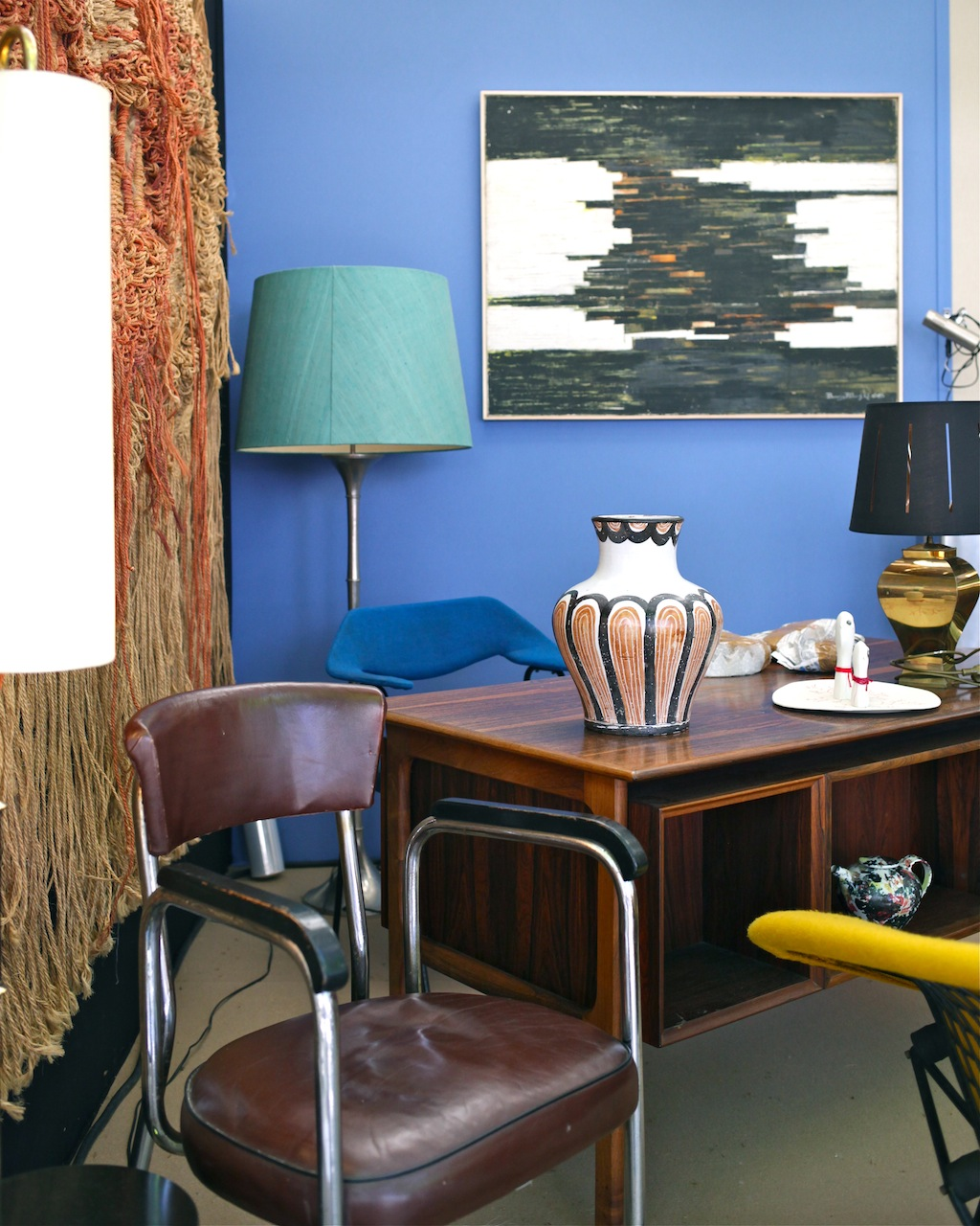 airborne the good old dayz. Black Bedroom Furniture Sets. Home Design Ideas