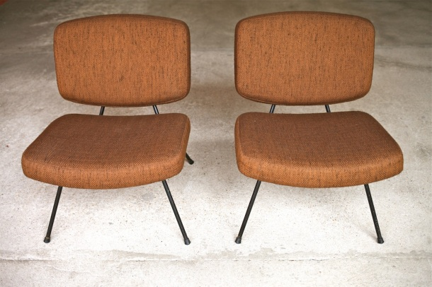 paire de chauffeuses cm190 pierre paulin thonet 1956 1