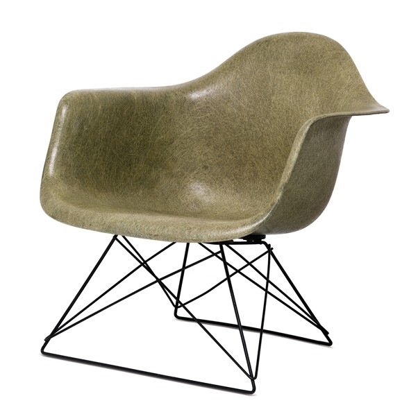 enchere auction nigo sothebys 7 octobre 2014 eames armchair