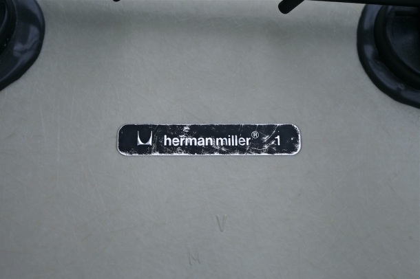rar eames herman miller off white 4