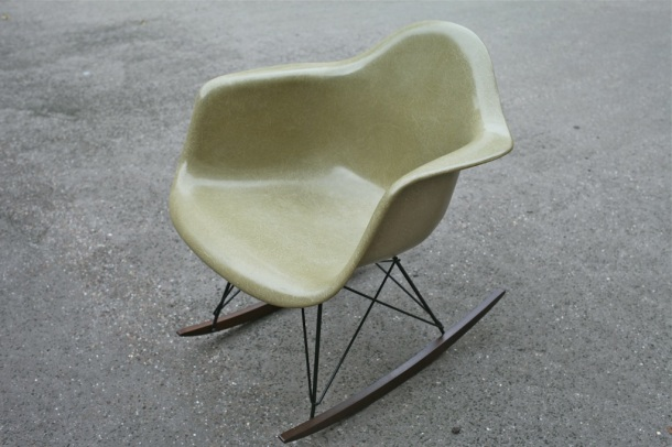 rocking chair rar eames herman miller raw amber 1