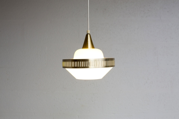 LI_044_SUSPENSION_SUEDOISE_VINTAGE_LAMP_LIGHT_SWEDEN_50_60_PENDANT