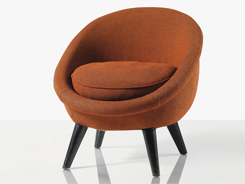 fauteuil oeuf par jean royere 1954 the good old dayz. Black Bedroom Furniture Sets. Home Design Ideas
