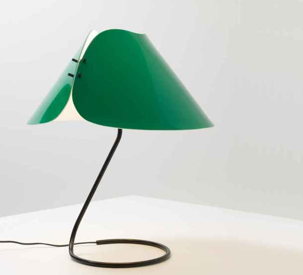 lampe Melilla de Vico Magistetti - Oluce 1978 - crédit Galerie Kreo