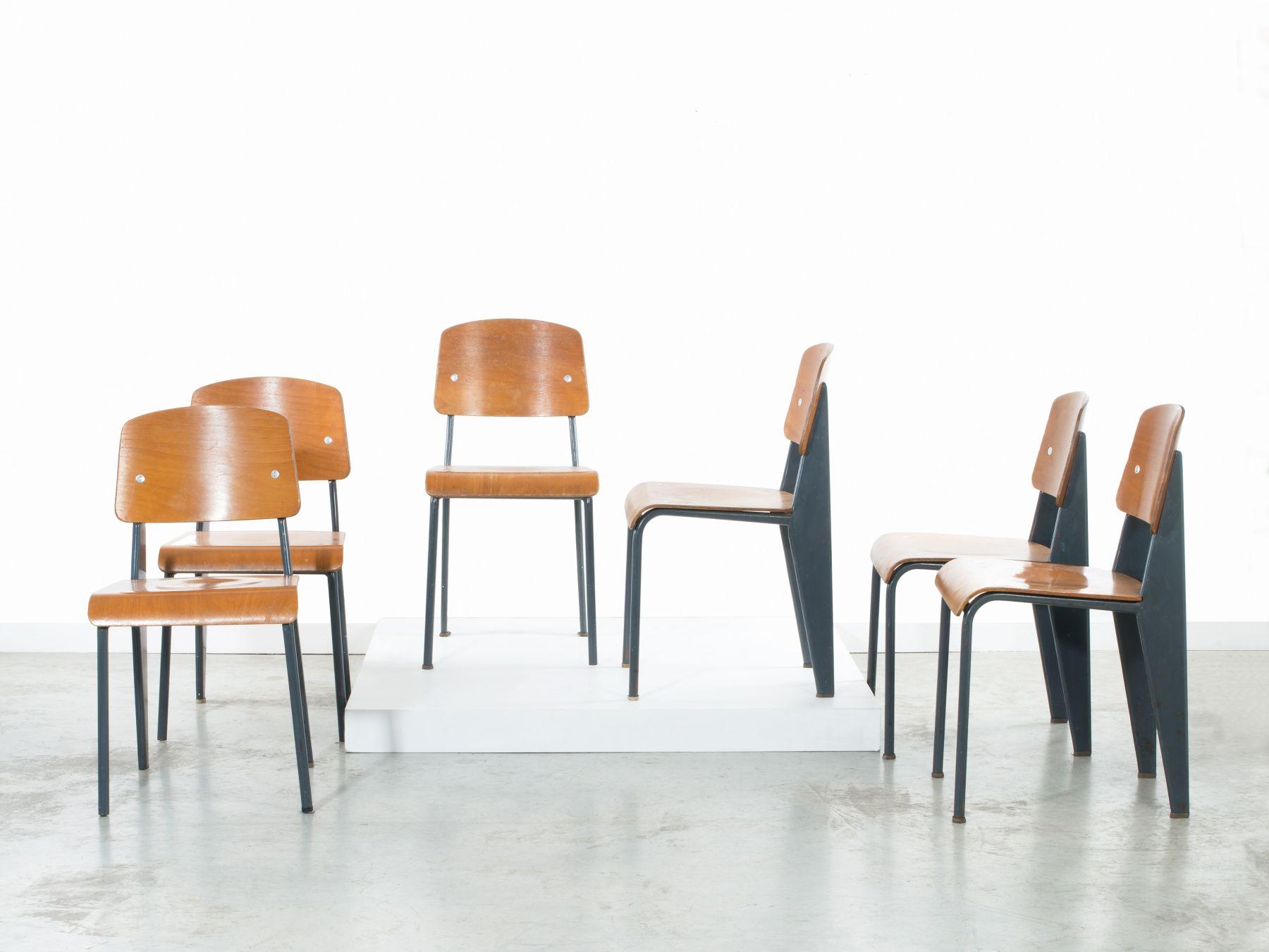 Artcurial Chaise Standard Gris Jean Prouve