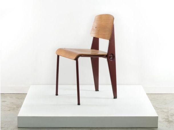 Artcurial chaise standard jean prouve