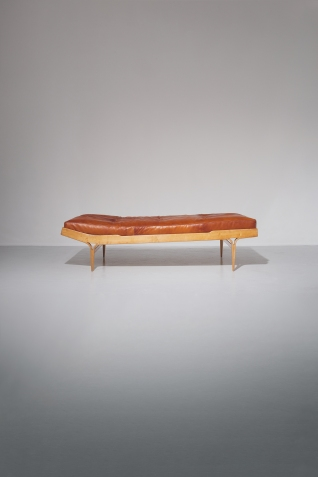 pierre-berge-associes-auction-mobilier-scandinave-16-18