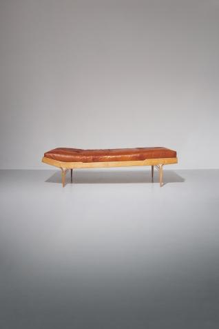 pierre-berge-associes-auction-mobilier-scandinave-16-18