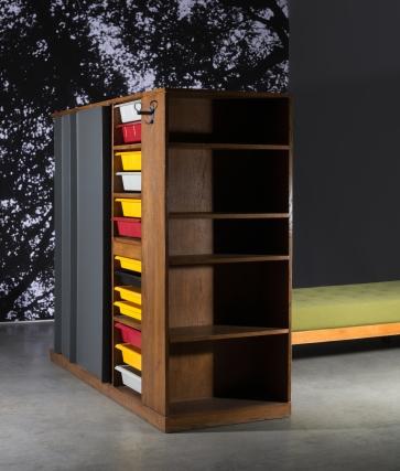 Charlotte Perriand et Le Corbusier, meuble de séparation maison du Mexique - © Artcurial